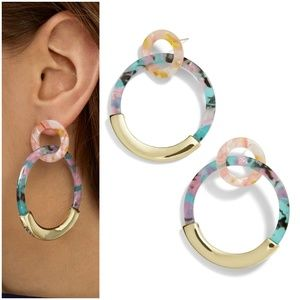 NEW BaubleBar Daniya Resin Hoop Earrings